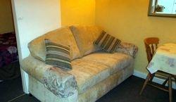 Wren cottage sofa