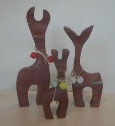 3 Reindeer: