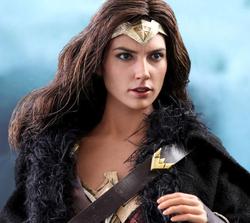 Wonder Woman (Deluxe)