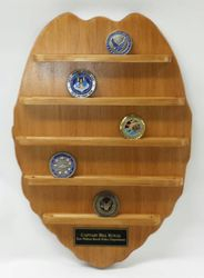 Pollice Badge Coin Display