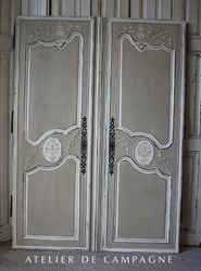 #22/079 Bridal Armoire Doors