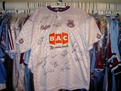 1990 Kevin Keen signed