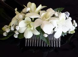 White Singapore Orchid hair comb