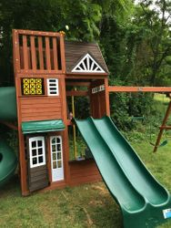 hilltop swing set assembly service in leesburg Virginia