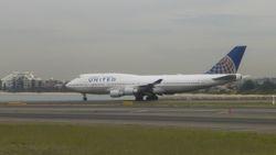 United Airlines Boeing 747-400 N171UA