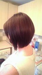 ladies bob hair cut side view