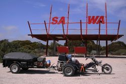 Trike & Trailer at SA-WA Border