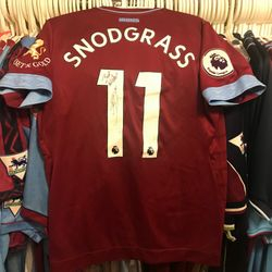 Robert Snodgrass worn, unwashed and signed home shirt.