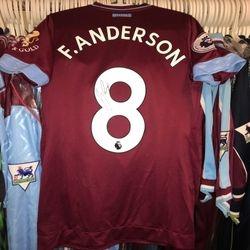 Felipe Anderson 2018/19 home Premier League shirt.