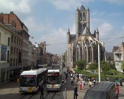 Simens #6340 with Sint-Niklaaskerk