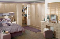COLONIAL ASCOT FERRARA OAK BEDROOM