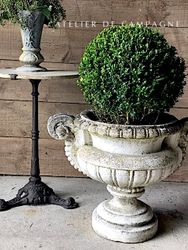 #29/235 FRENCH CONCRETE PLANTER