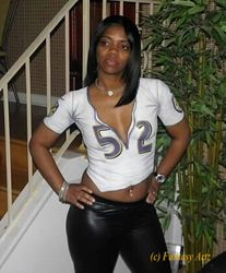 Body Painting of Ray Lewis Ravens Jersey