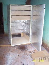 Asseblying drying shelves