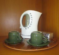 Kettle & Coffee & Tea Making Facilities