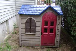 Little Tikes - Outdoor Playhouse