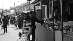 Buying fruit, Shepherd's Bush Market