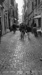 A small sidestreet, Rome