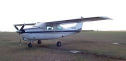 Cessna 210N VH-LGW