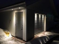 Fasadbelysning på garage i Morkarlby