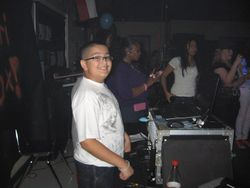 DJ  E - Train