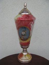 Tarybine stikline krepsinio taure. Kaina 32 Eur.