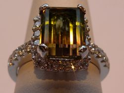 18ct/platinum bi-colour tourmaline and diamond dress ring