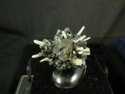 Sphalerite and Quartz 09-00045
