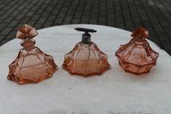 Art Deco tarpukario parfumerijos indu komplektas. Kaina 82 uz visus.