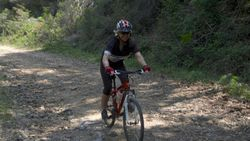 Cycling in a touch of Tuscan wilderness