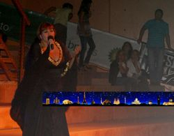 Vânia Fernandes performing Senhora do Mar