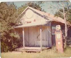 Haak Store near Pattison
