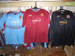 2003/05 home and away Reebok