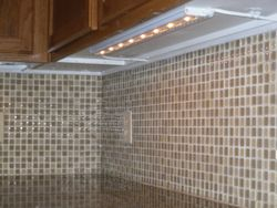 L e d  light adds beauty to tile