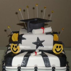 Smiley Graduation cake