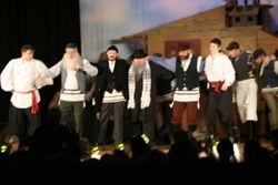 Russians and Jews dancing together