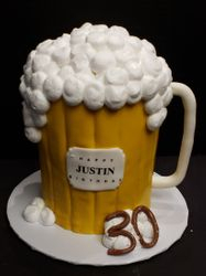 Beer mug with pretzel