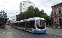 3274 departing Bismarckplatz.