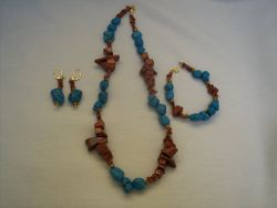Turquoise & goldstone chips