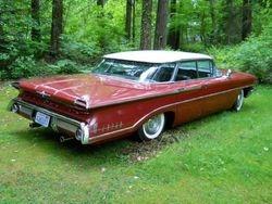 52. 60 Oldsmobile, Super 88, Holiday, 4d ht