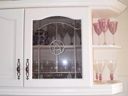 white paint kitchen units