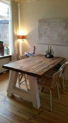 A-tafel met Oud Eiken blad en houten onderstel..