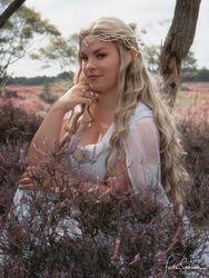 Model: Daeris cosplay as Galadriel