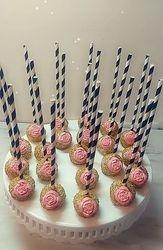 Cupcakes & Pop Cakes 34