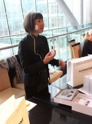 One of the Slendertone ladies demonstrating the product.
