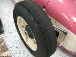 """Firestone """"Indy"""" RF          size 760 X 16"""