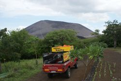 Volcano boarding, Nicaragua 2