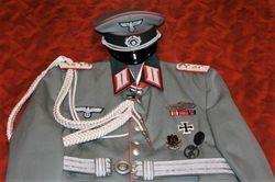 Artillery Waffenrock of 1 Rgt. 9 Inf. Div.: