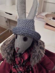A new knitted hat