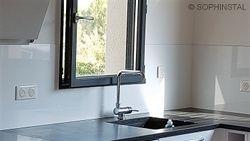 crédence de cuisine en aluminium laqué blanc